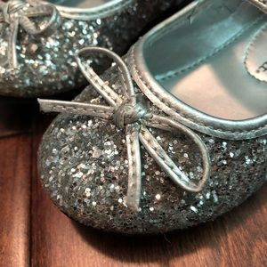 Girls glitter shoes 👑